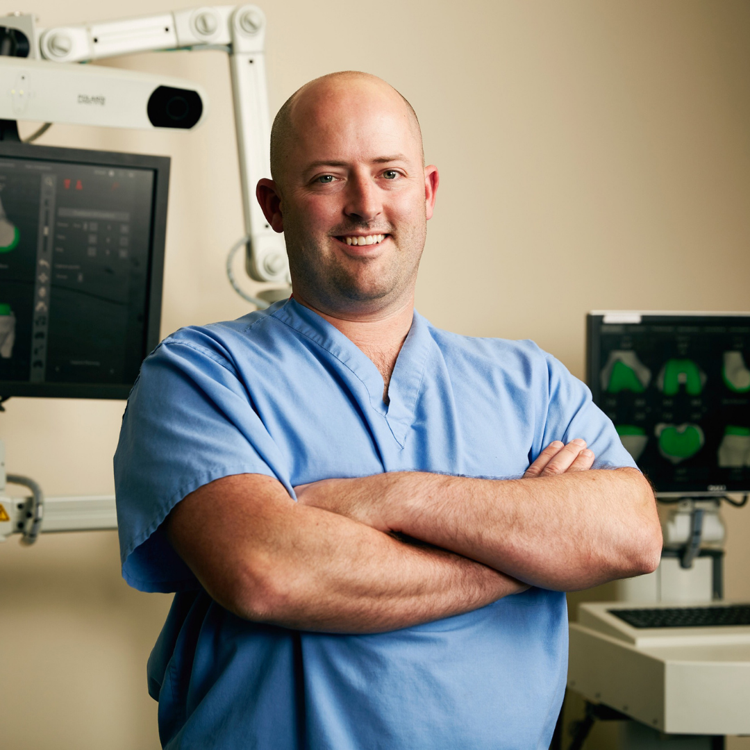 Dr. Jon Cornelius performs first robotic-assisted TKR